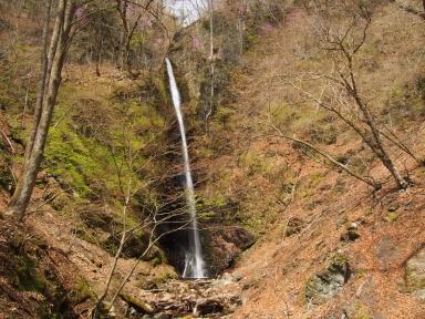 山梨県小菅村 白糸の滝