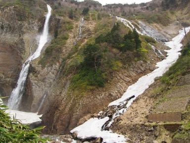 富山県立山町 ハンノキ滝 ソーメン滝