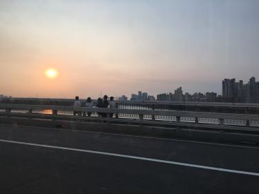 夕暮れの漢江