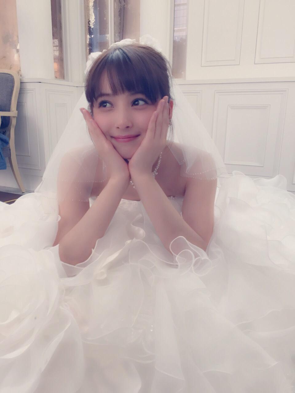 佐々木希 ウェディングドレス