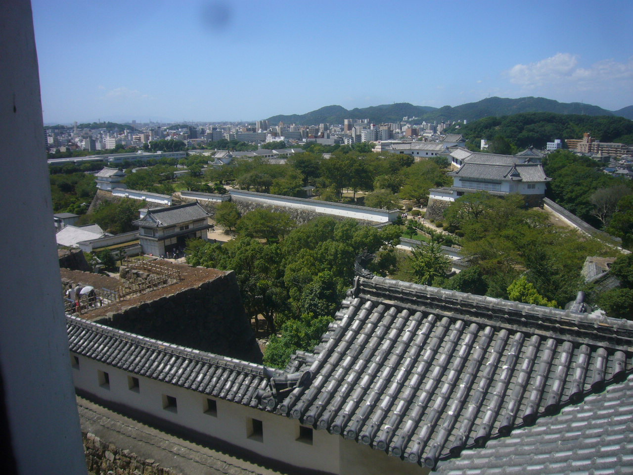 姫路城天守閣3階付近からみた城内 H28.8.31
