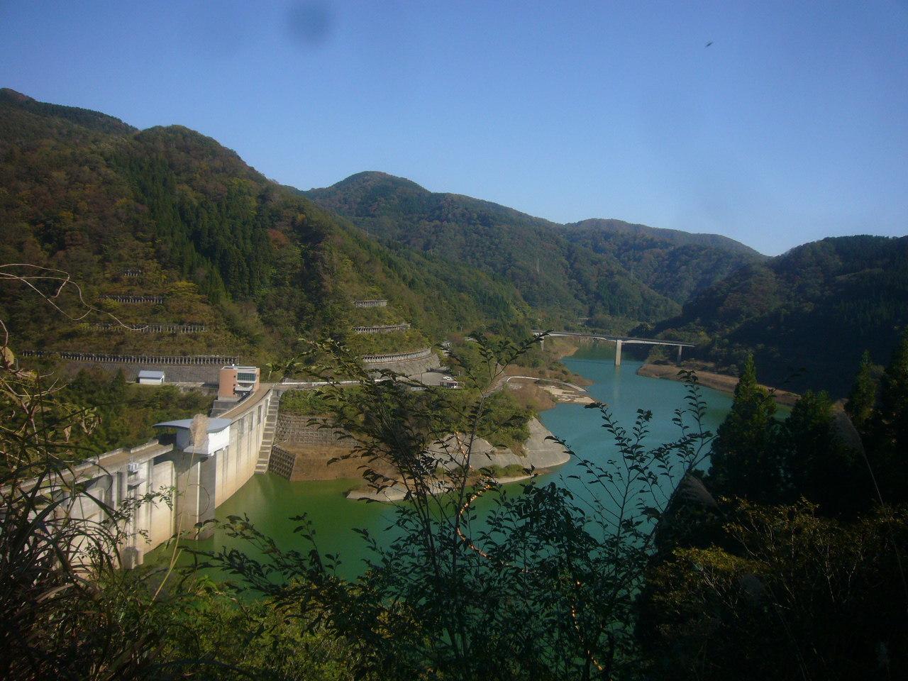 枯淵コース下りから九谷ダム H28.11.05