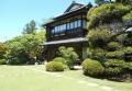 庭園から見る屋敷