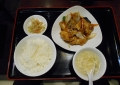 1階の中華レストランで昼食
