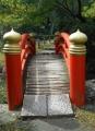 庭園の太鼓橋