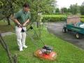 最新装備! 浮上型草刈機