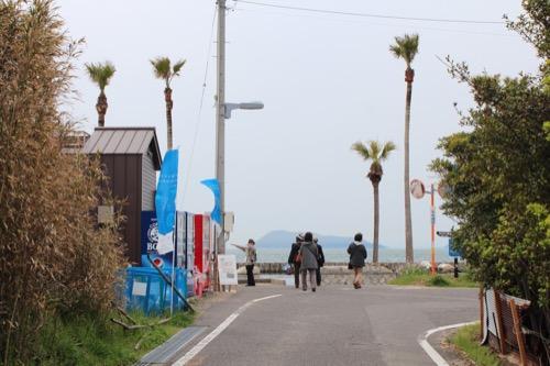 0084:沙弥島・西ノ浜の家 西の浜への通づる道
