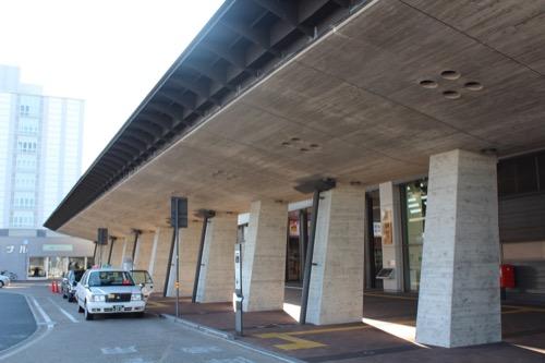 0088:JR高知駅舎 北側アーケード③
