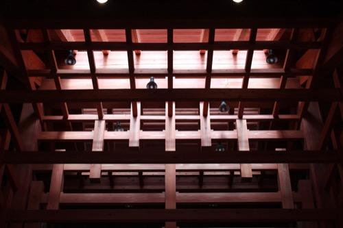 0091:稱名寺本堂 日の差す本堂