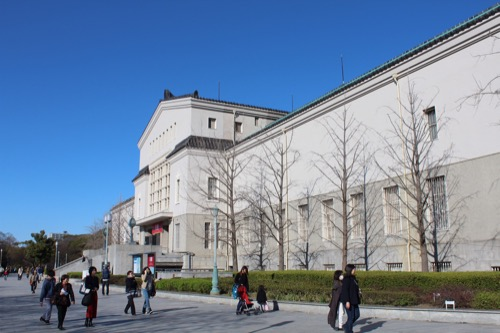 0104:大阪市立美術館 本館を右側から撮影