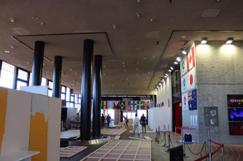 0107:EXPO'70パビリオン 設営中のホワイエ