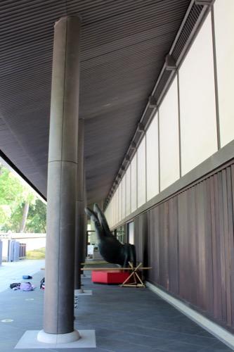 0114:東大寺総合文化センター 正面の列柱②