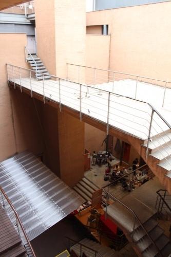 0117:細見美術館 2階からアトリウムをみる