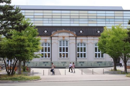 0118:京都府立図書館 神宮道の向かい側から撮影