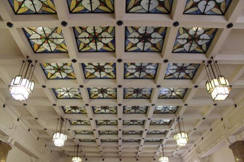 0119:京都市美術館 2階エントランスの天井
