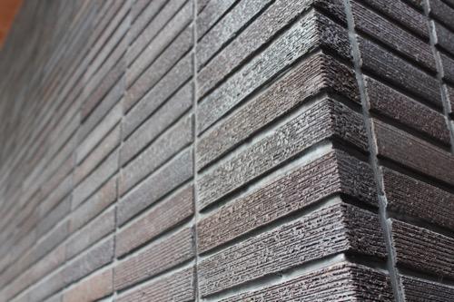 0122:京都八百一本館 外壁のスクラッチタイル