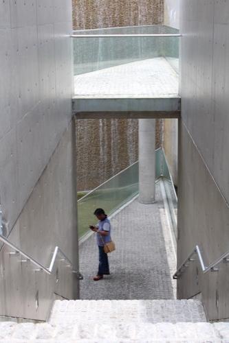 0123:京都府立陶板名画の庭 地下2階への階段