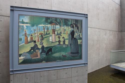0123:京都府立陶板名画の庭 出口廊下にある「日曜日の午後」