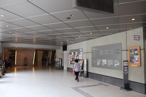 0125:京都コンサートホール エントランス