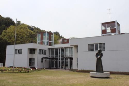 0127:直島幼児学園 幼稚園東側からの眺め②
