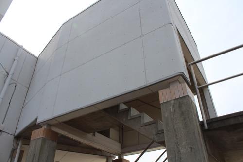 0129:直島中学校 2階への階段ユニット