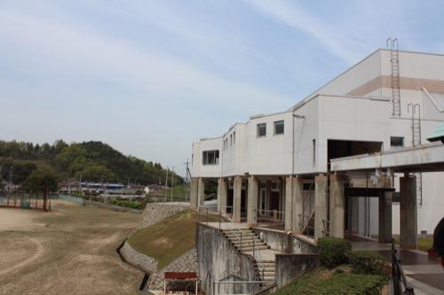 0129:直島中学校 体育館外観