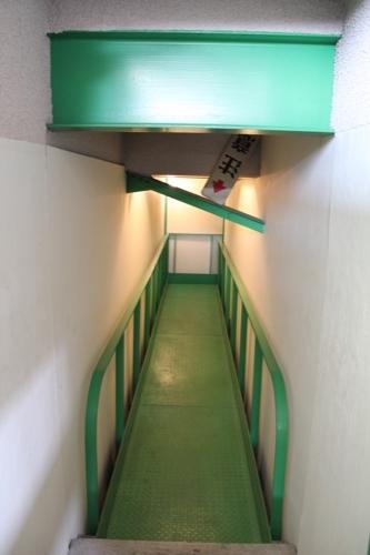 0130:直島町役場 屋上階の道筋③