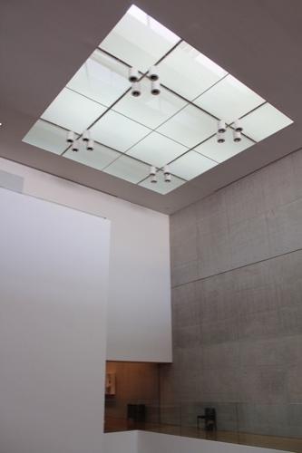0137:丸亀市猪熊弦一郎現代美術館 中央展示室④