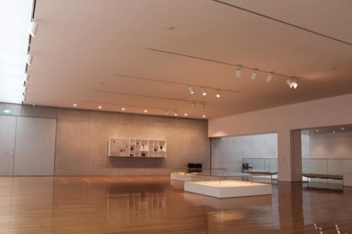 0137:丸亀市猪熊弦一郎現代美術館 その他展示室