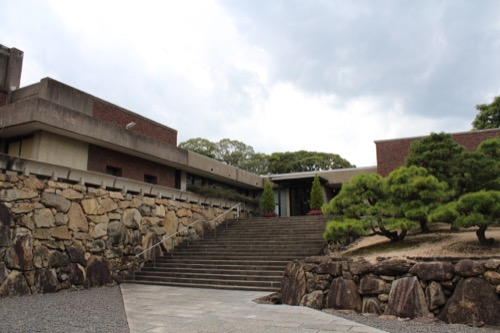 0142:林原美術館 本館全景