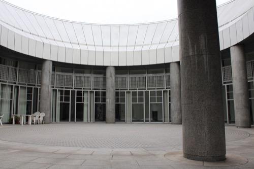 0145:広島市現代美術館 アプローチプラザ