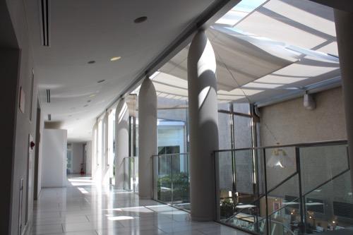 0156:松柏美術館 廊下空間