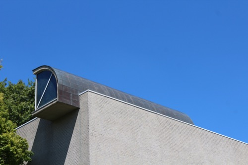 0156:松柏美術館 正門からの外観②