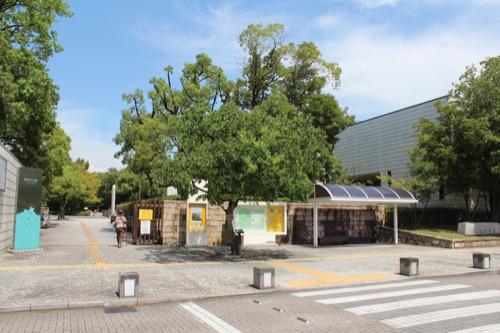 0157:岐阜県美術館 美術館正門
