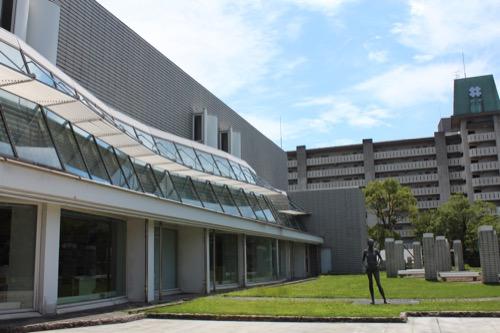 0158:岐阜県図書館 ガラスファサード②