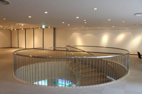 0159:岐阜市民会館 螺旋階段