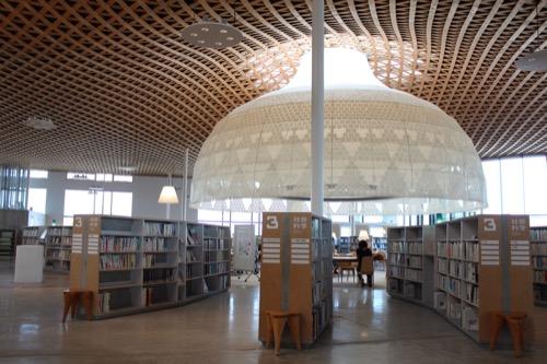 0160:ぎふメディアコスモス 図書館全体風景②