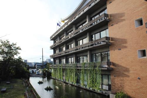 0161:羽島市庁舎 本庁舎南側ファサード