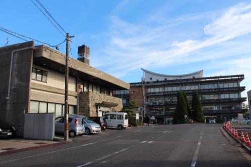 0161:羽島市庁舎 庁舎を北側からみる