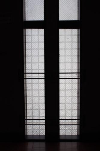 0164:丸栄百貨店 踊り場からガラスを見る①