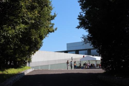 0167:豊田市美術館 森の奥の美術館