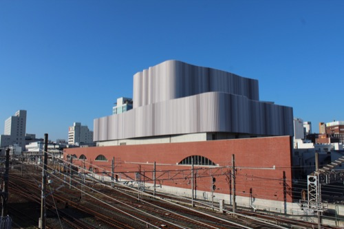 0168:穂の国とよはし芸術劇場 西側外観