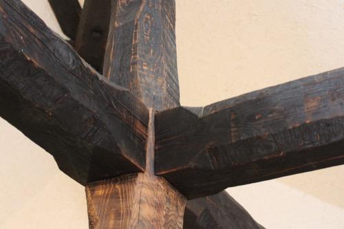 0171:秋野不矩美術館 エントランスの木組を拡大