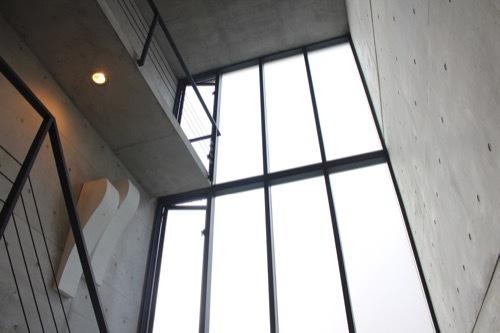 0172:日本橋の家 吹き抜けスペース①