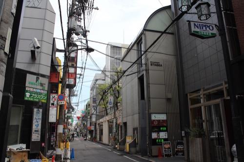 0177:ガレリアアッカ 東心斎橋の通りから①