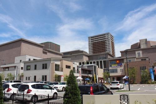 0150:兵庫県立芸術文化センター 南側からの眺め