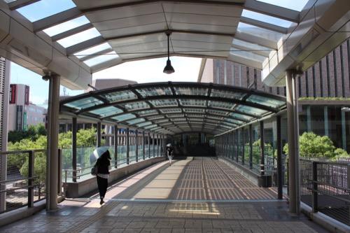 0150:兵庫県立芸術文化センター 阪急からの連絡通路②