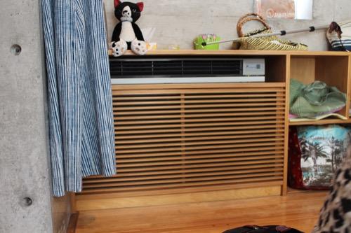 0151:ギャラリー小さい芽 空調設備にも木製ルーバー