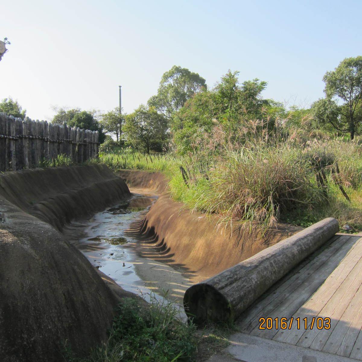 堀と逆茂木