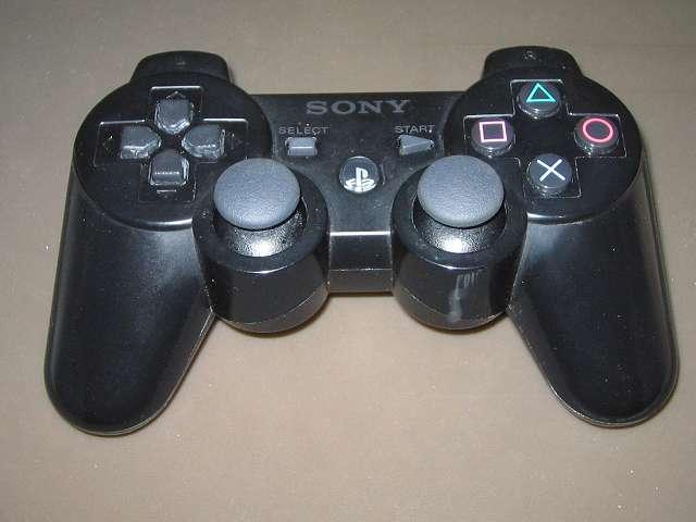 PS3 コントローラー(デュアルショック 3) スプレーを使ってメンテナンス、スプレーによるメンテナンス完了後、元通りに組み立てて動作確認する